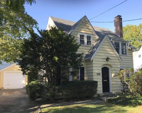 14 Harrison Ave, New Canaan, CT 06840
