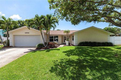 Photo of 12802 Kimberly Oaks Cir, Largo, FL 33774