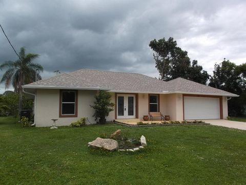 679 Se Harborview Dr, Port Saint Lucie, FL 34983