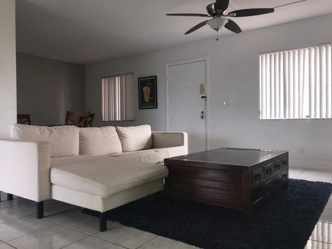 Photo of 5160 Las Verdes Cir Apt 219, Delray Beach, FL 33484