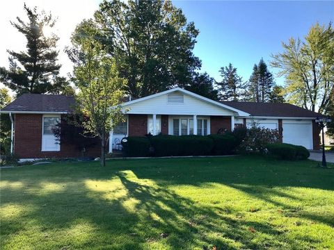 Photo of 2140 Idaho Dr, Pella, IA 50219