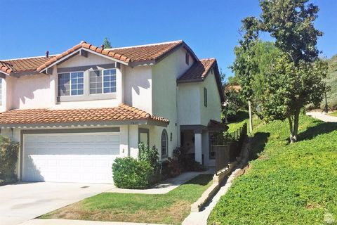 5423 Francisca Way, Agoura Hills, CA 91301
