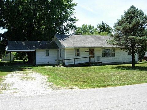 Photo of 467 W Prairie St, Lyons, IN 47443