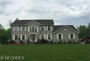 6584 New Castle Rd, Lowellville, OH 44436