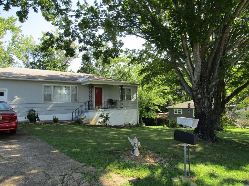 806 Forrest Rd Rossville GA 30741