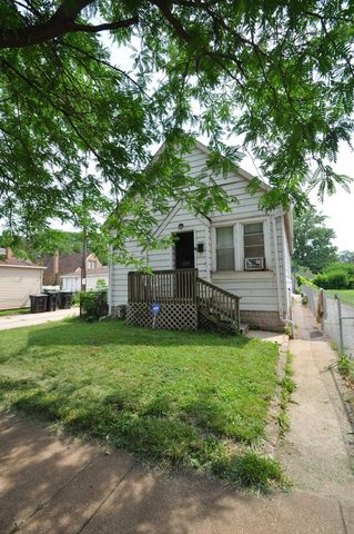 12577 S State St, Chicago, IL 60628