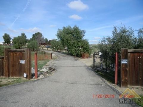 Photo of 13140 Round Mountain Rd, Bakersfield, CA 93308