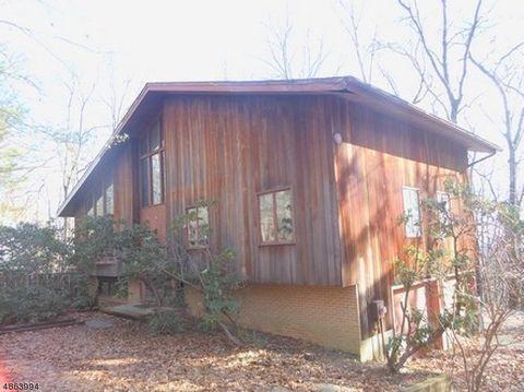 39 High Ridge Rd, Parsippany Troy Hills Township, NJ 07869