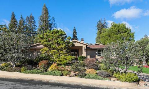 14603 Eastview Dr, Los Gatos, CA 95032