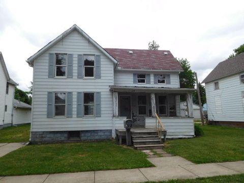 219 E Patton St, Paxton, IL 60957