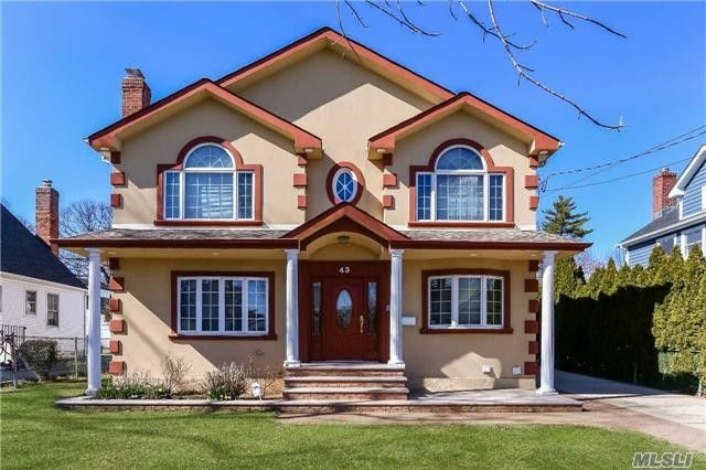 43 Baxter Ave New Hyde Park Ny 11040 Realtor Com 174