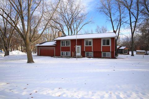 26616 Woodcrest Cir, Elko New Market, MN 55020