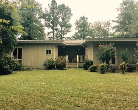 117 Meadow Ln Calhoun GA 30701