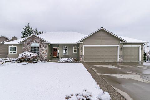 187 Red Fern Rd, Wenatchee, WA 98801