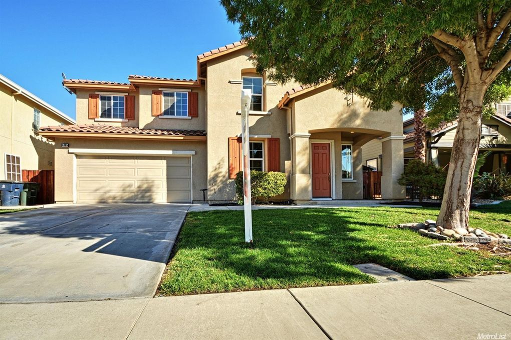 4865 Dandelion Loop Tracy, CA 95377