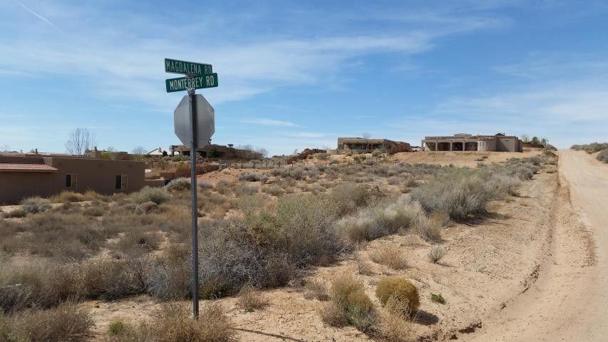 1929 Monterrey Rd NE Rio Rancho, NM 87144