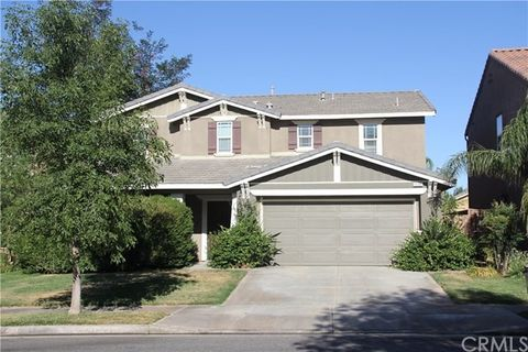 1339 Edelweiss Dr, Beaumont, CA 92223