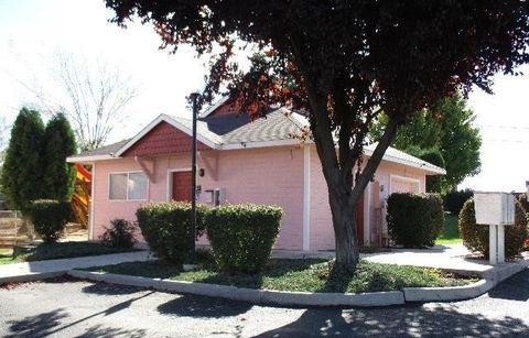 Photo of 405 Nicka St, Grandview, WA 98930