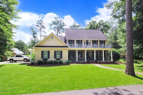 Thomasville GA Homes With Special Features