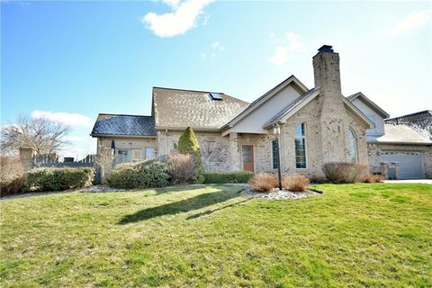 Photo of 1207 Cherry Hill Dr, Collier Township, PA 15142