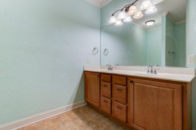 Bathroom Cabinets Knoxville Tn 10013 autumn valley ln, knoxville, tn 37922 - realtor®