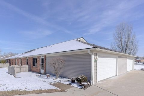 Photo of 35461 Westminister Ave, North Ridgeville, OH 44039