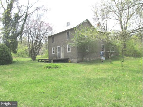 1383 Clearview Rd, Luray, VA 22835