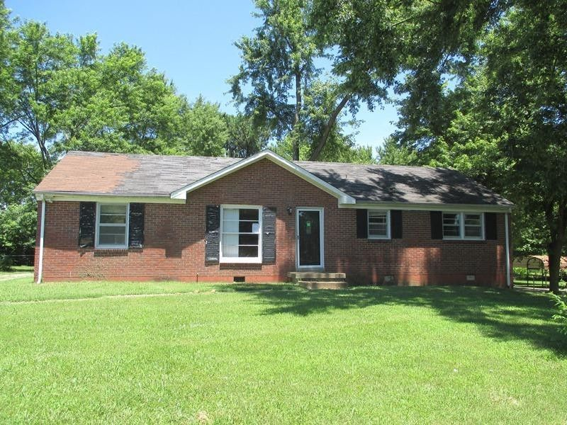 needmore singles Find people by address using reverse address lookup for 1965 needmore rd, whitesburg, tn 37891 find contact info for current and past residents, property value, and more.