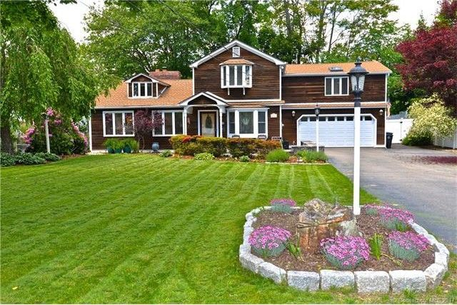 12 Tower St, Milford, CT 06460