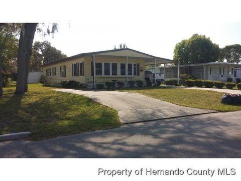 7450 Western Circle Dr, Brooksville, FL 34613