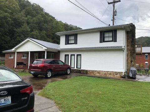 Photo of 115 Childers St, Kimper, KY 41539