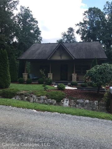 Photo of 112 Fir St, Hendersonville, NC 28791
