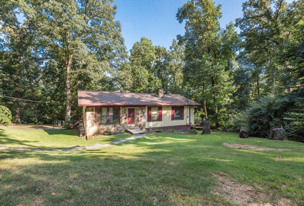 mobile homes for sale in middle tn with 2100 Red Hill Ct Knoxville Tn 37924 M77587 35296 on Id 600027910303 also 2100 Red Hill Ct Knoxville TN 37924 M77587 35296 besides The Buzz Chris Brown S Dad Against Rihanna Lil Wayne Slammed And More moreover Id 600028528462 together with Nashville Area Map.