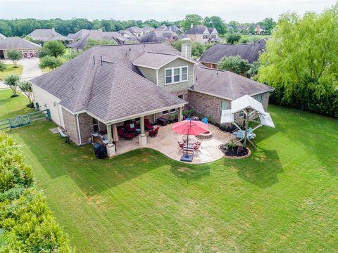 Photo of 5119 Water Oak Cres, Fulshear, TX 77441