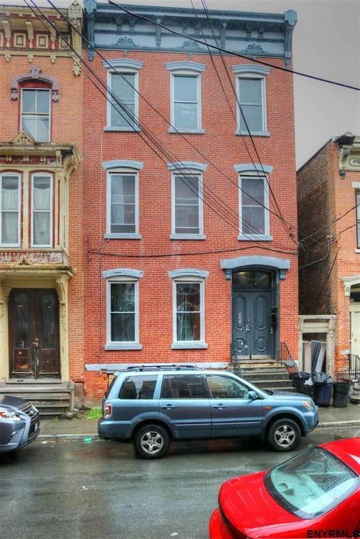 2265 Old Sixth Ave, Troy, NY 12180
