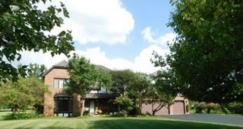 5633 Oakwood Rd, Long Grove, IL 60047