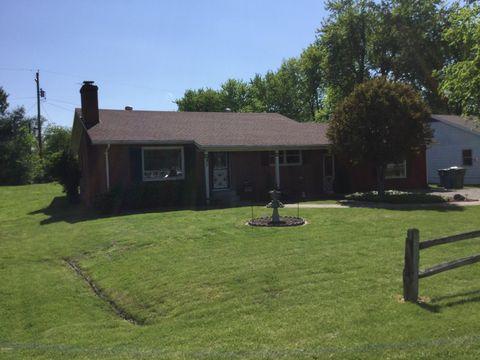 438 Springfield Ave, Anna, IL 62906