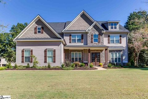 8 Wood Leaf Trl, Travelers Rest, SC 29690
