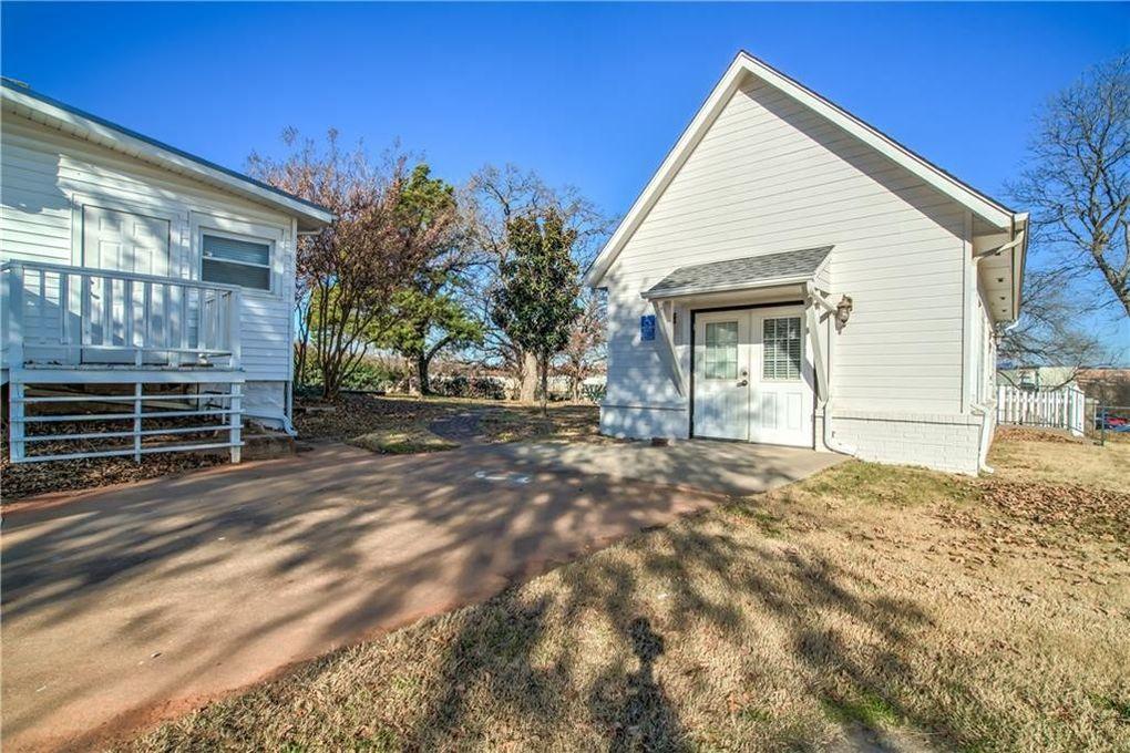 1135 E 9th St Unit B Edmond Ok 73034 Home For Rent Realtorcom