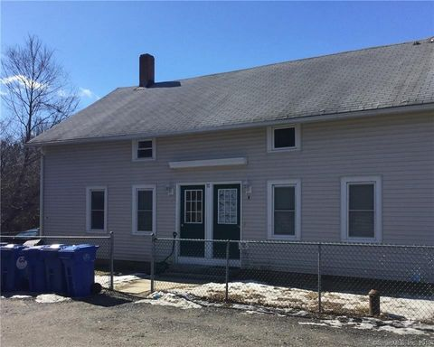Photo of 10 Eagle Ct, Mansfield, CT 06268