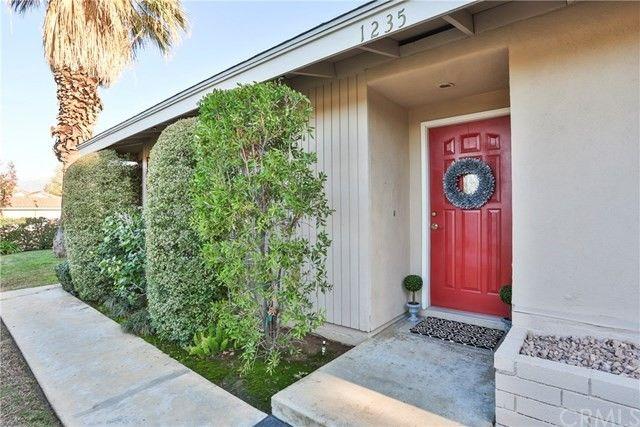 1235 W Cypress Ave, Redlands, CA 92373 - realtor.com®