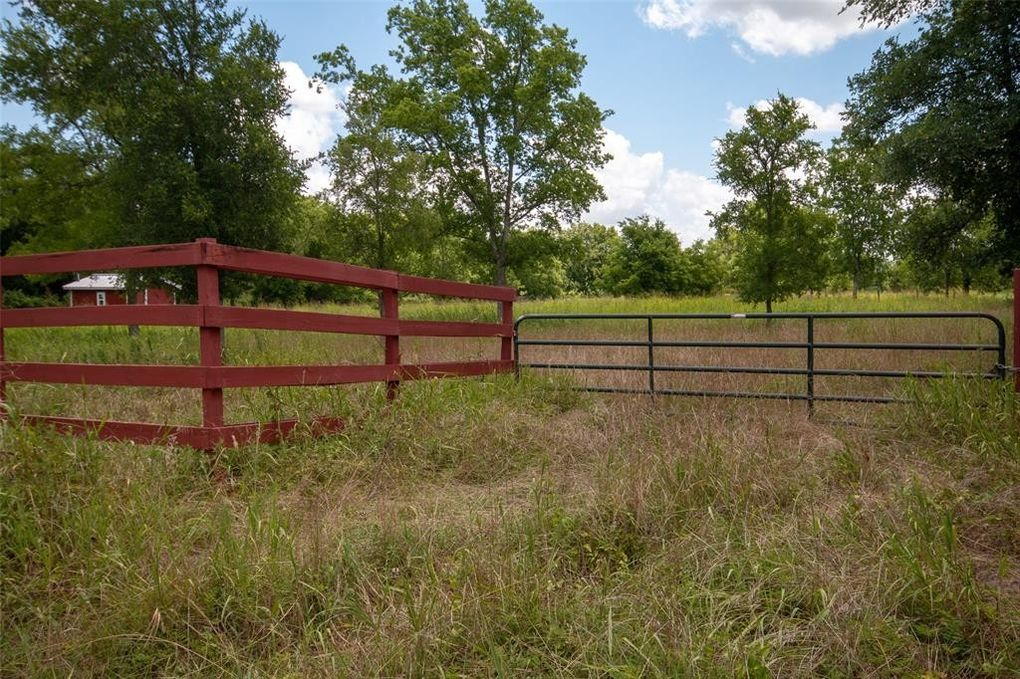 County Road 439 Somerville, TX 77879
