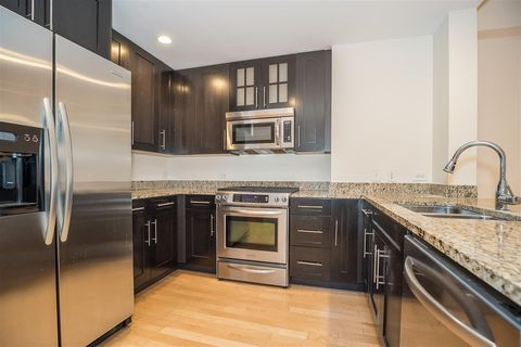Photo of 1125 Maxwell Ln Apt 542, Hoboken, NJ 07030