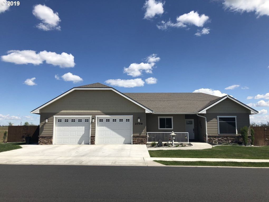 2098 Ne 8th St, Hermiston, OR 97838