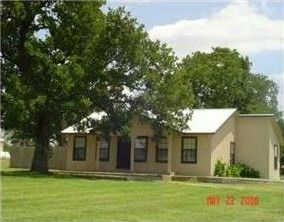 109 Oak Meadow Dr, Bastrop, TX 78602