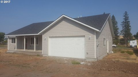 255 S 19th Ave, Elgin, OR 97827