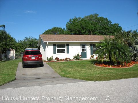 Photo of 7019 Janette St, Englewood, FL 34224