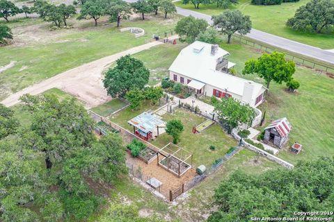 Photo of 772 Rio Colorado, Boerne, TX 78006