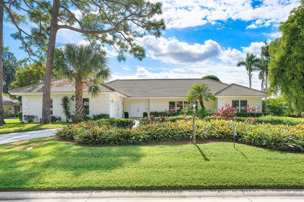 457 Glenbrook Dr, Atlantis, FL 33462