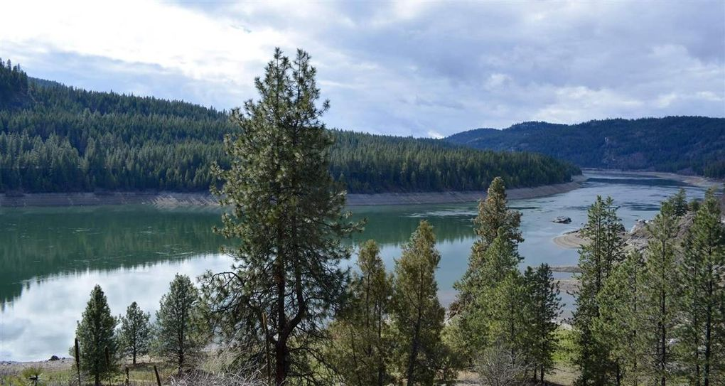 Kettle Falls Washington ~ China bend rd kettle falls wa land for sale